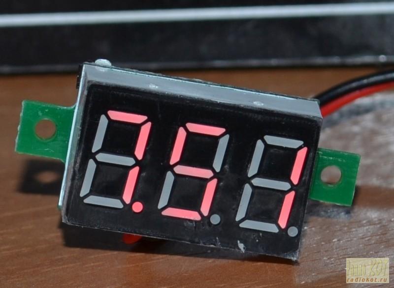 Πώς μπορείτε να συνδέσετε ένα βολτόμετρο